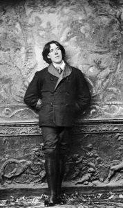 Oscar_Wilde_by_Napoleon_Sarony